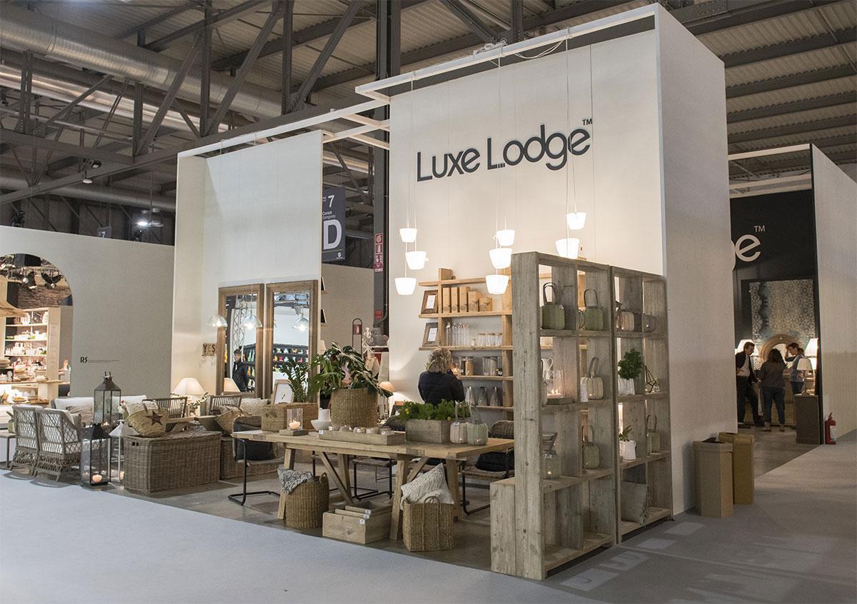 Luxe lodge mobili in legni pregiati e mobili in legni for Italia arredo