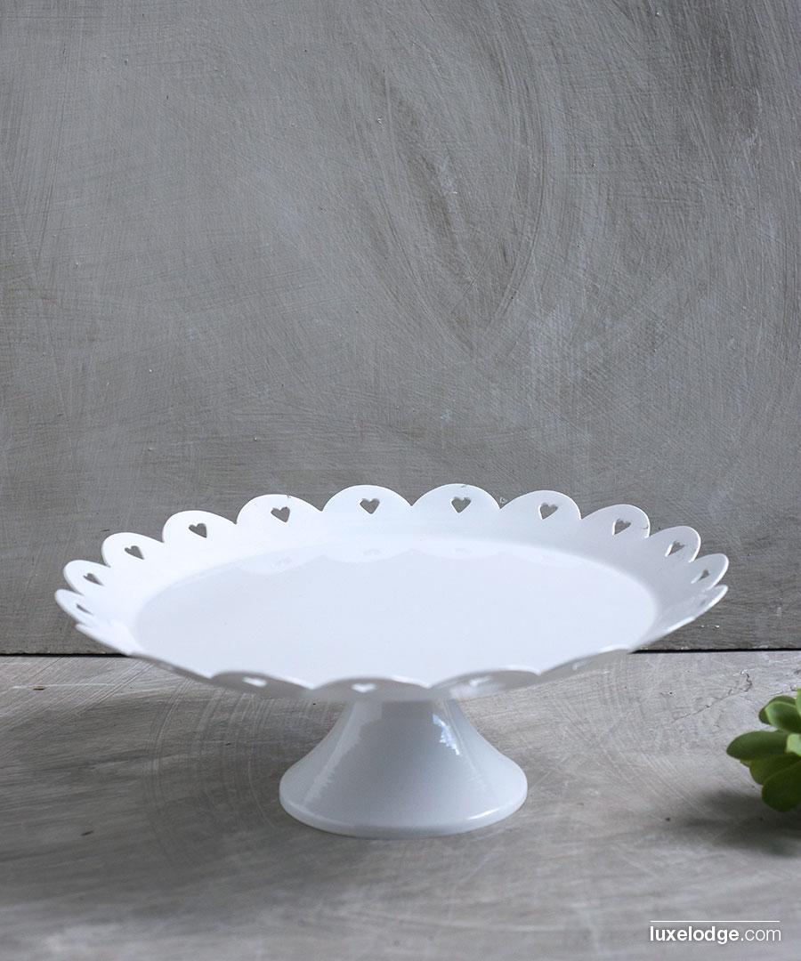 Alzata oggetti per la cucina cucina luxelodge for Oggetti decorativi per cucina
